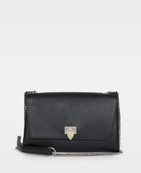 Big Clutch With Buckle and Chain Black