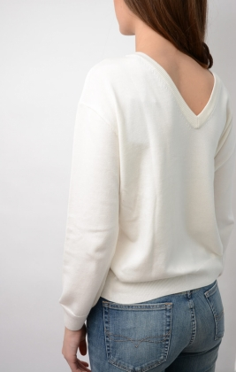 Back V-neck Crew, Eggshell