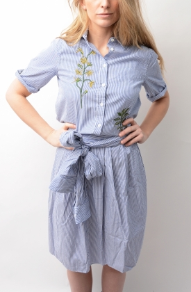 Embroidered Dreamy Oxford Dress Crisp Blue