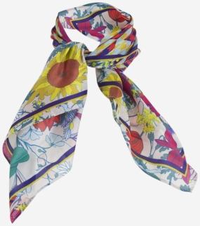 Lexine Scarf, National Bloom